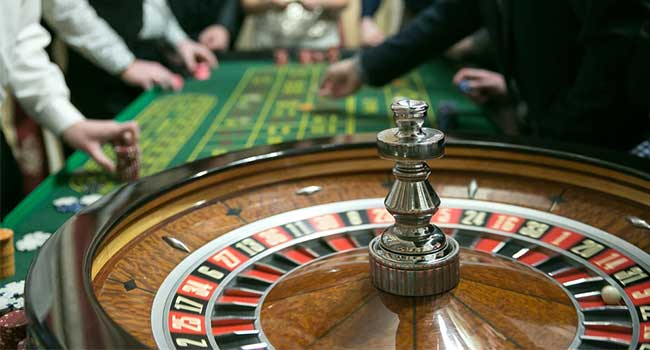 6 New Definitions Concerning Casino Poker To Listen